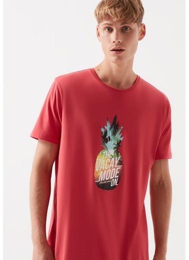 Mavi Ananas Baskılı Kırmızı Tişört Kırmızı